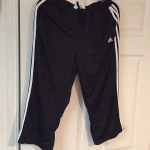 Adidas crop pants size L excellent condition